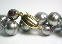 8-10mm Tahitian pearl 9 carat gold necklace & earrings