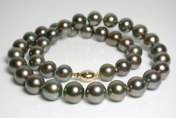10-11.7mm Tahitian pearl, 18ct gold & diamond necklace