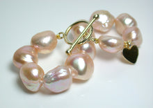 Load image into Gallery viewer, 13-15mm peach baroque pearl & gold vermeil bracelet