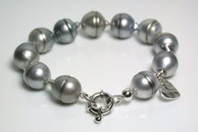 Load image into Gallery viewer, 11-12mm silver grey Tahitian pearl & sterling silver bracelet