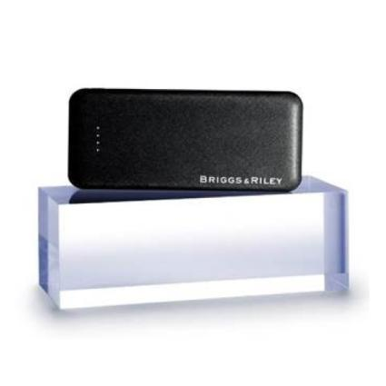 Briggs & Riley Power Bank in Black