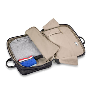 Briggs & Riley @work Large Expandable Brief in Black packing compartment