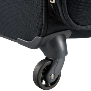 Samsonite Base Boost Large Spinner in Black wheels