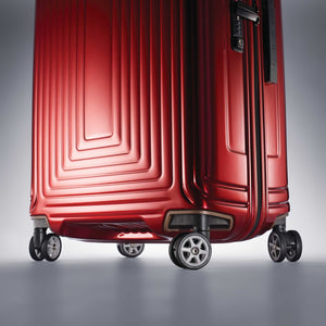 "Samsonite Neopulse Spinner Large 28"" in Metallic Red wheels"