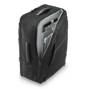 Briggs & Riley Baseline Convertible Duffle-Backpack in Black laptop compartment