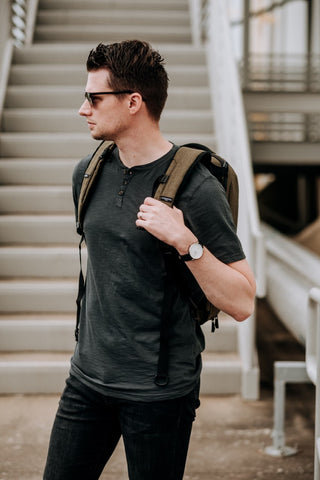 Mens Style Blogger Reviews the Knack Pack as an Everyday Carry Bag