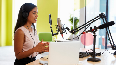 Top finance podcasts to listen to on your commute