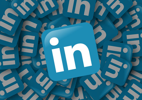 How to connect with clients and engage authentically on LinkedIn