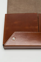 WG Xclusiv Caramel Brown Leather Case