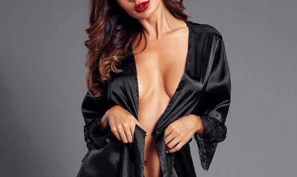 Seductive and Glamorous Satin Robes - Turning heads | SeriouslySensual