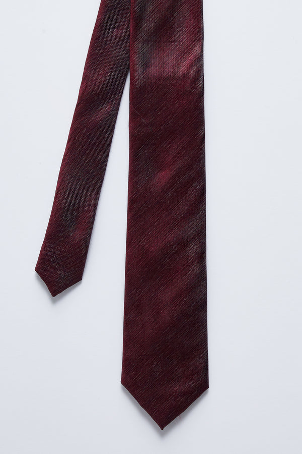 BURGUNDY TEXTURED SILK TIE