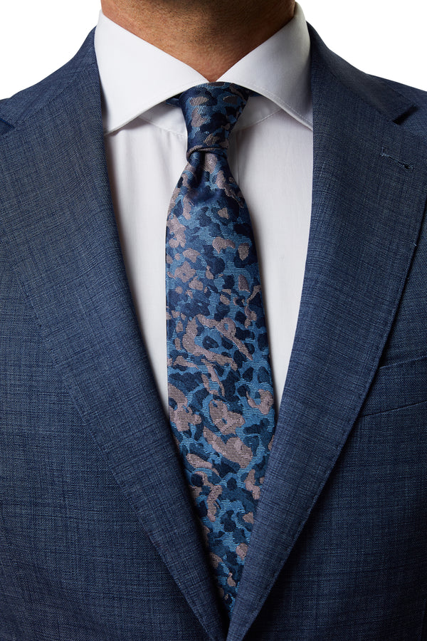 NAVY AND PINK CAMOUFLAGE SILK JACQUARD TIE