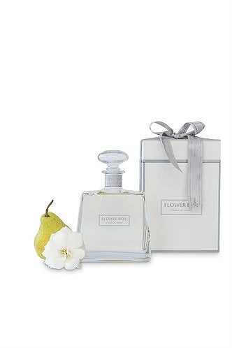 Flower Box Hallmark Diffuser 700ml - Flowers & Pear
