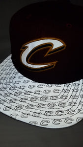 M&N Primary Reflect Cleveland Cavaliers Snapback