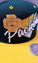 Load image into Gallery viewer, New Era Triangle Script Greenbay Packers Snapback