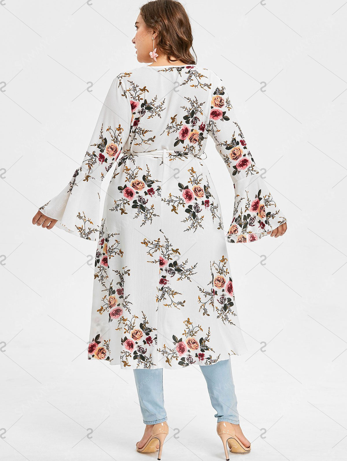 Plus Size Flower Bell Sleeve Blouse - White -L- 4X – Zana Supper Mall 24e694da7af9