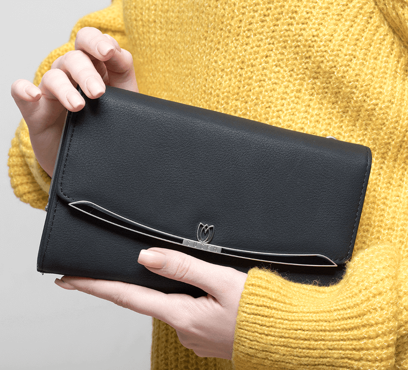Refined Black Clutch