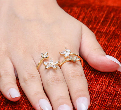Daffodils Two Finger Ring