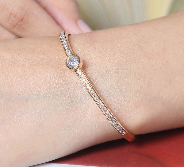 Centered Eye - Golden Adjustable Bracelet