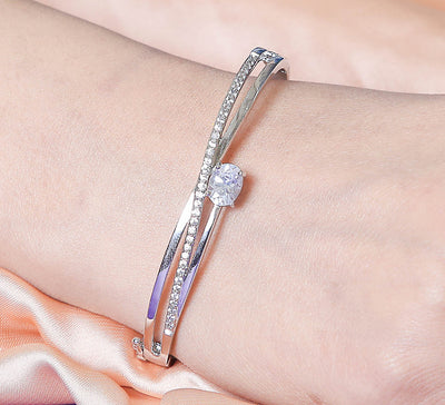 Solitaire Style - Silver Cuff Bracelet
