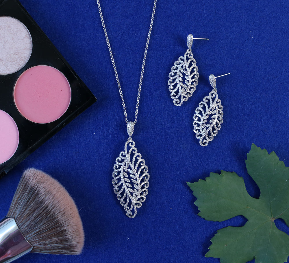 Buy Silver Women Pendant Sets Online In Pakistan