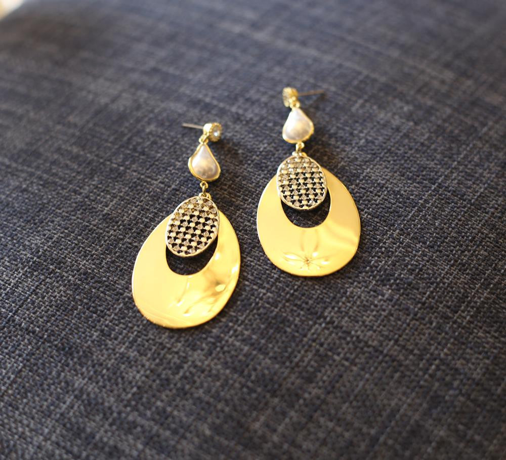 Buy Golden Earring Online in Pakistan
