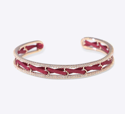 Red Bracelet Online in Pakistan