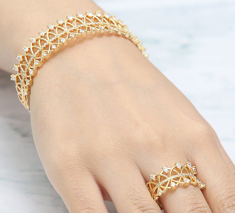Golden Linking Adjustable Bracelet with Ring