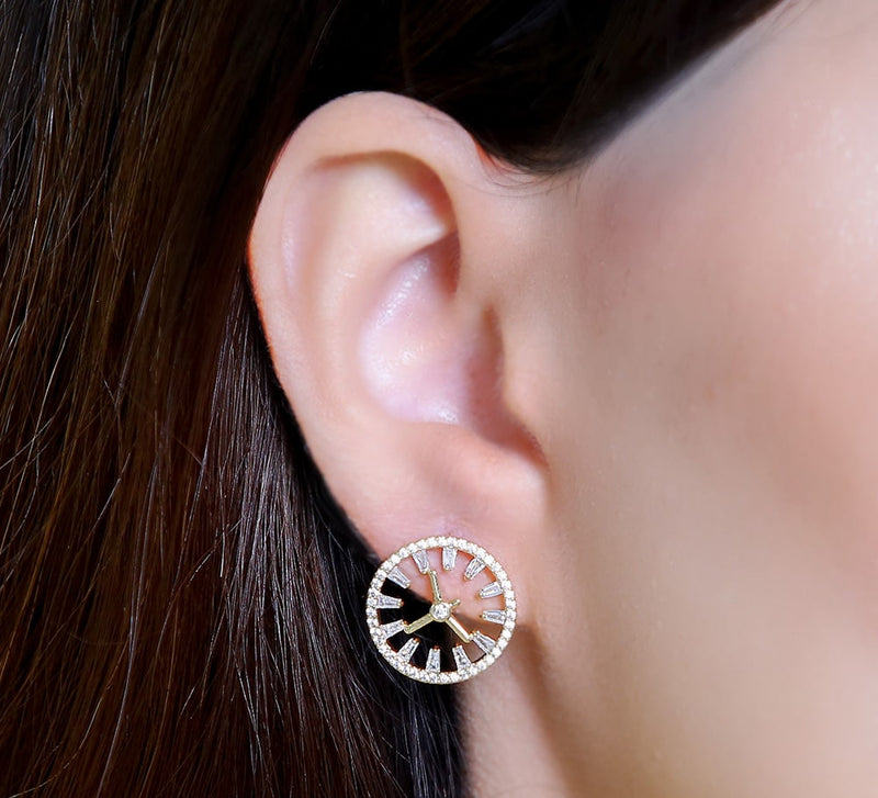 Pin Wheel Stud Earring