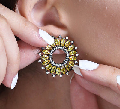 Maltese Halo Stud Earring