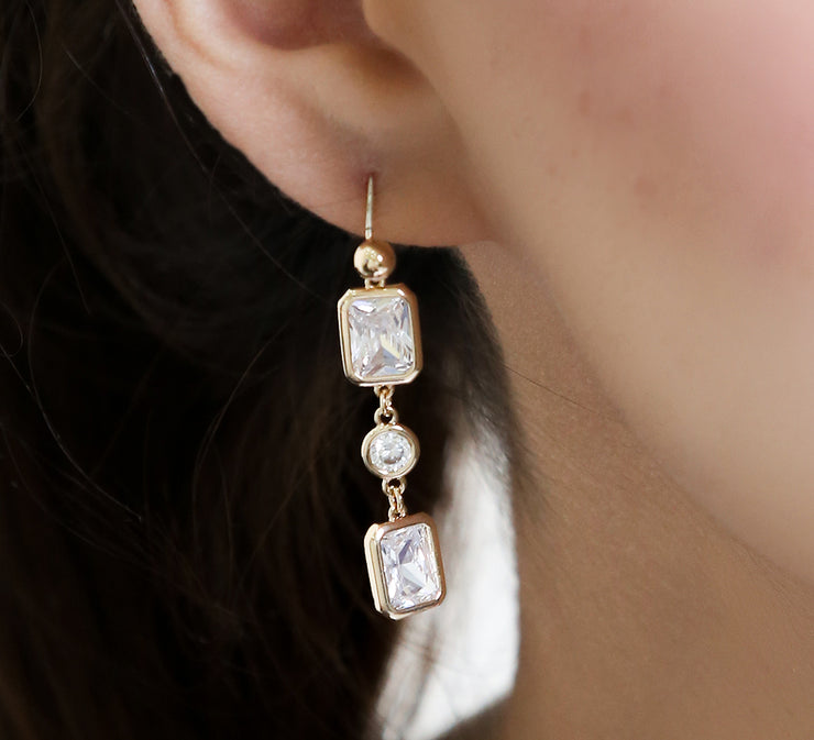 Geometric Care Drop Earrings – Golden
