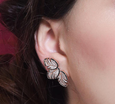 3 Lined Fancy Leave Stud Earring