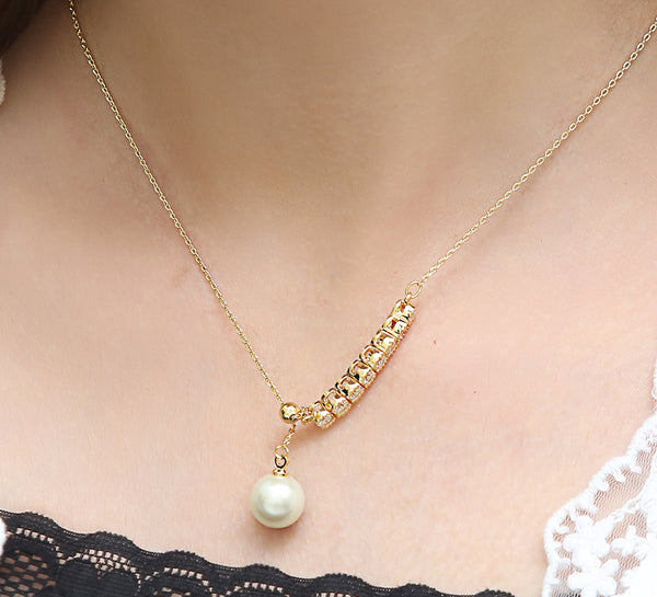 Dropping Pearl Pendant - Golden