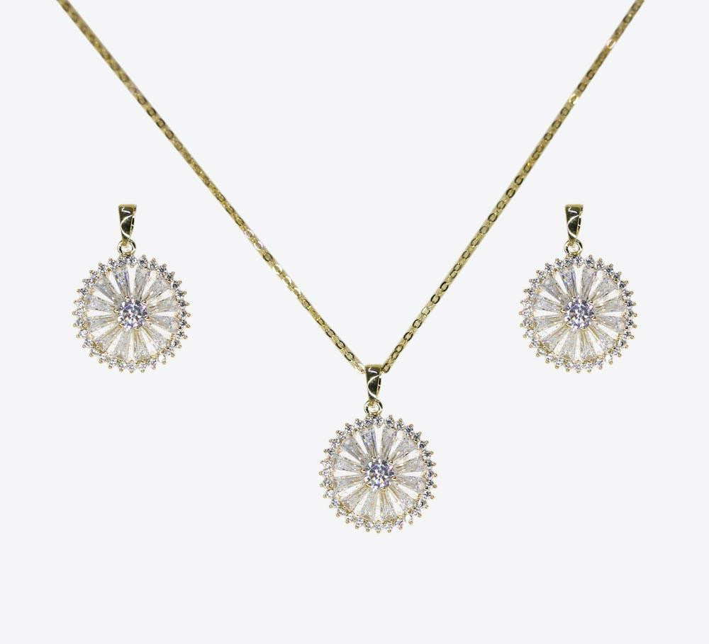 Buy Golden Wheel Women Pendant Sets Online In Pakistan