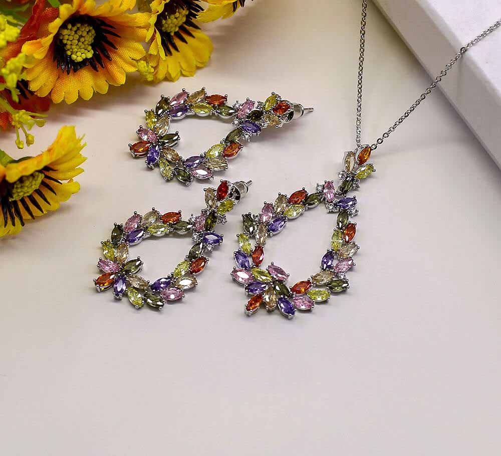Buy Multicolor Women Pendant Set Online in Pakistan