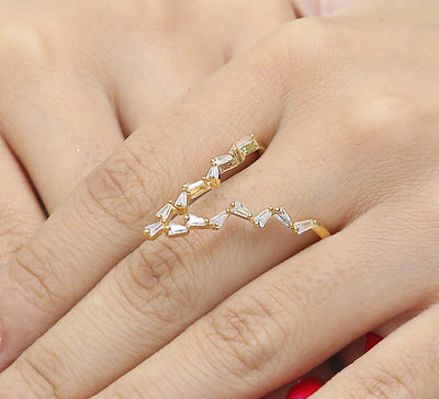 Sleeky V Adjustable Pave Ring – Golden