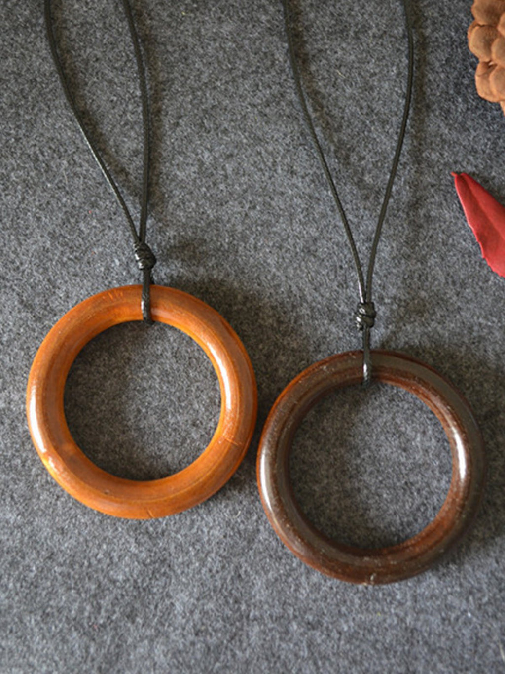 Simple Round Vintage Wood Necklace