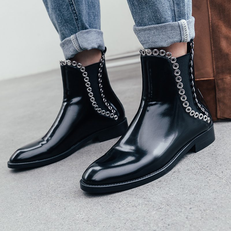 Stylish Genuine Leather Round Toe Chunky Heel Boots