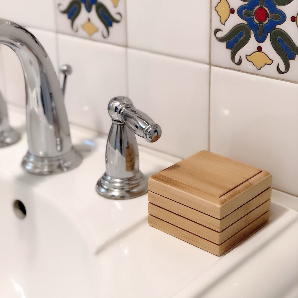 The Kelly Bamboo Soap Dish // Box with Lid