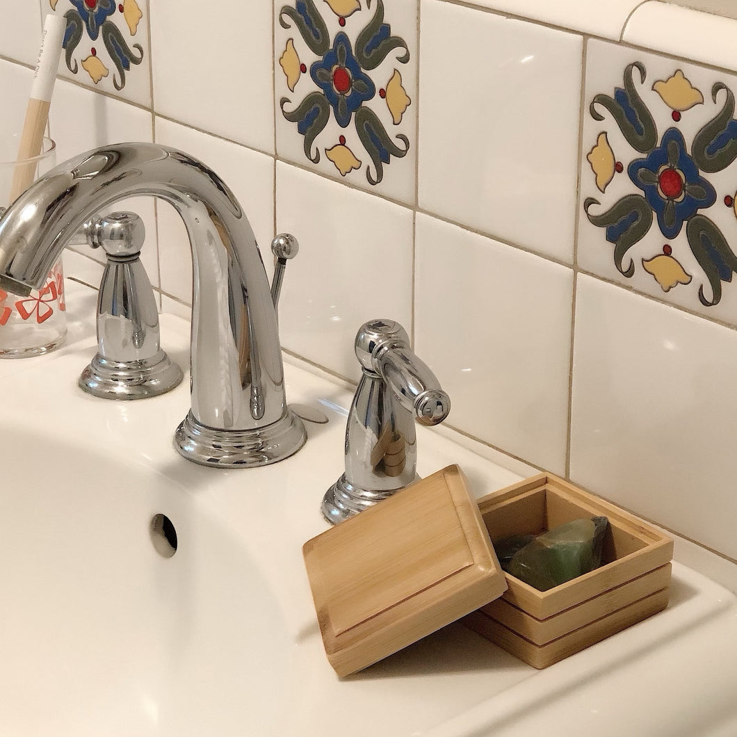 THE KELLY // BAMBOO SOAP DISH // BOX STYLE WITH LID