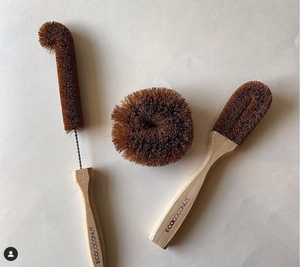ECOCONUT // SCOUR BRUSH