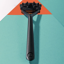 Load image into Gallery viewer, LEAF SHAVE // RAZOR ESSENTIAL KIT // MULTIPLE FINISHES