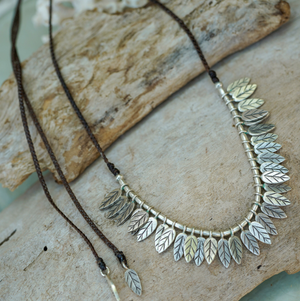 Embella | Tropical Leaves Necklace