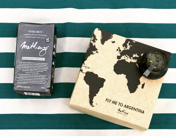 Gift box Fly me To Argentina: Mate Mathienzo de Silicona + Yerba Mate Mathienzo