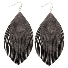 Load image into Gallery viewer, Layered Feather Earrings