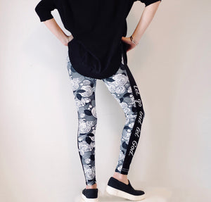 White Roses - Women's Leggings - Maker & Mine