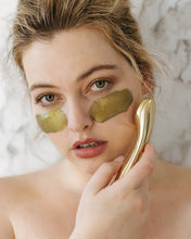 24K Gold Magnetic Face Mask is 2019 hottest new beauty Trend | Masked by Models
