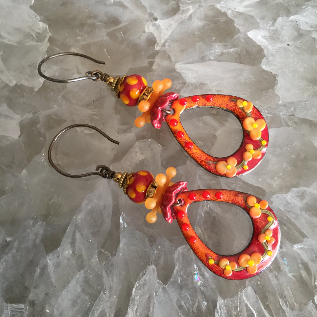 Textured Drop in Red and Orange Enamel