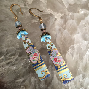 Long Blue Tin Bar with Pink Floral Ceramic Blue Flowers