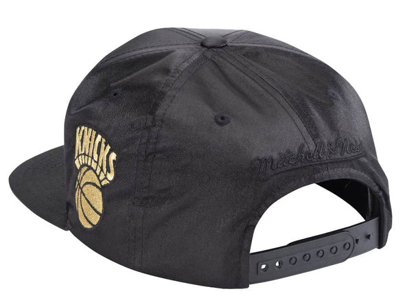 Mitchell & Ness Gold Toile Snapback- NY Knicks